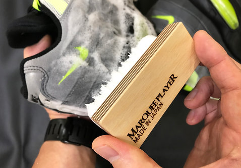 SNEAKER CLEANING BRUSH No.05