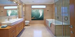 Swimmer14_bathroom lr