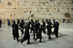Welcoming Shabbat
