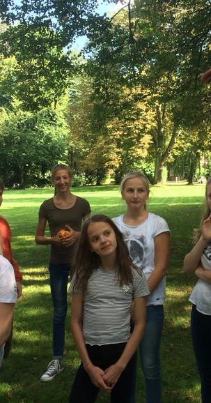 2 Kooperation4 Spielraum Erlebnispaedagogik Jugendherberge Bad Oldesloe.jpg