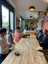 Echange sur le Théâtre Noh avec Mme Shiotsu à Monsieur l'Ambassadeur du Japon en France et au Consul du Japon à Bordeaux .jpg