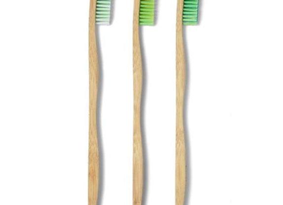 Escovas de Dentes Adulto