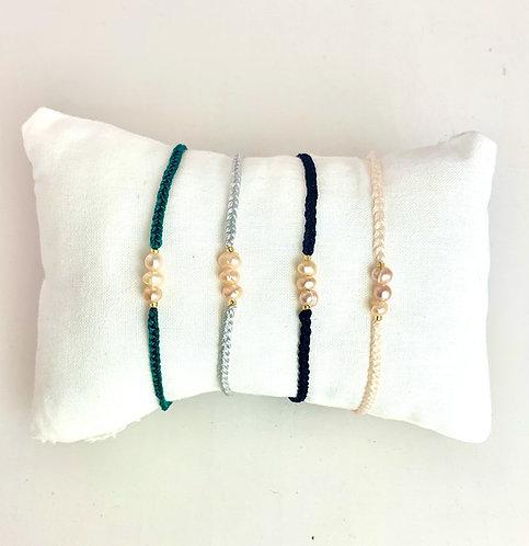 Bracelet 3 Perles de Rivière Rose sur cordon coloré ajustable