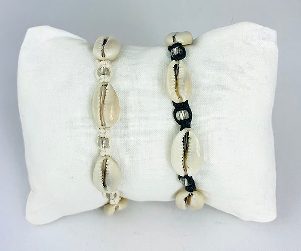 Bracelet Cauris Naturels & Perles transparentes cordon Noir