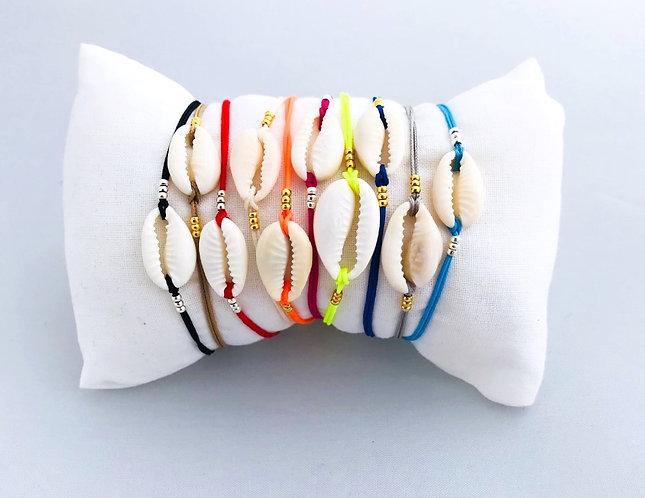 Bracelet Cauri Naturel sur Cordon coloré ajustable