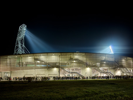 Le nouveau stade de Pau : courbes et légèreté