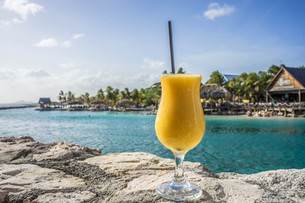 Когда ехать на Карибы? Сезон ураганов