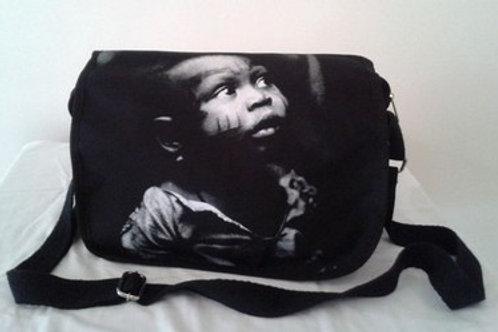 Bolsa Carteito - Criança Africana