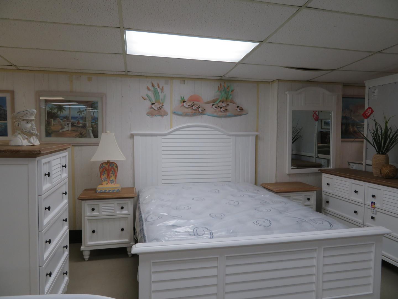 6 pc Queen Bedroom Set