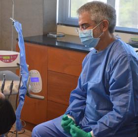 Top Dental Implant Clinic Mexico , Dr Bertran