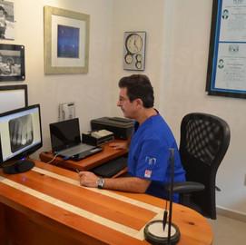 Dr Leonardo Sierra, Mexico's Top Periodontal Specialist