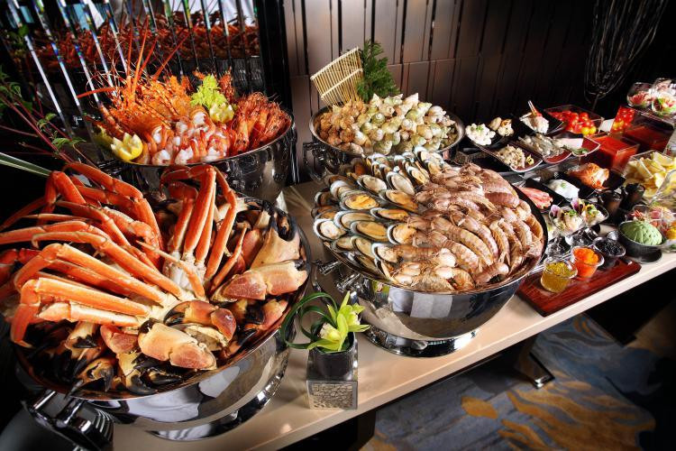 5-Best-Hotel-Buffet-Dinner-in-Kuala-Lumpur-1