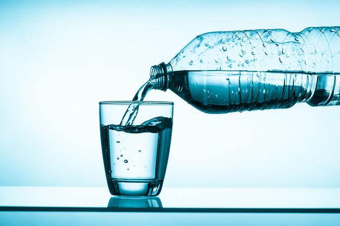El agua embotellada y su negocio (I)