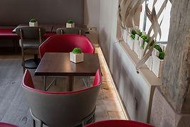 Salle petit déjeuner le Pont Tournant