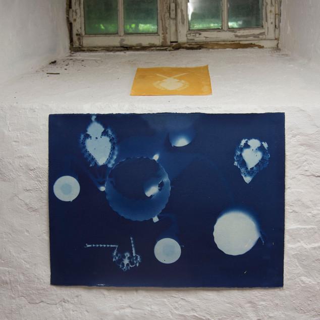 """""""I de søvnløse netter"""" cyanotypi 56 x 76"""