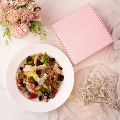 Cafe Fiore Delhi Spicey House Salad