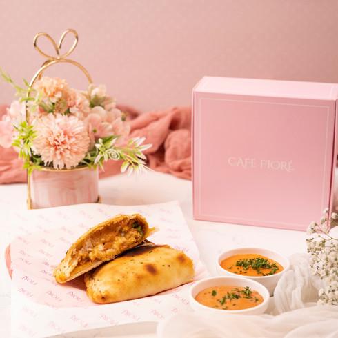 Cafe Fiore Delhi Grilled BBQ Chicken Calzone
