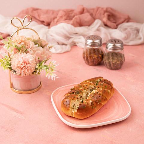 Cafe Fiore Delhi Cheese Pull-apart Garlic Bread