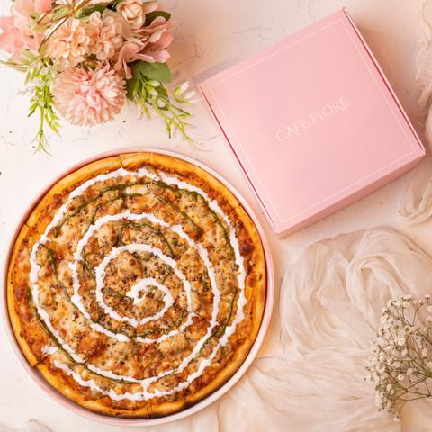 Cafe Fiore Delhi Chicken Malai Tikka Pizza