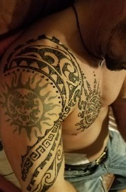 Real men wear henna