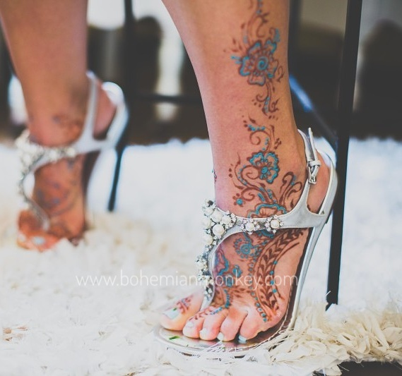 Bridal feet, henna with blue bling