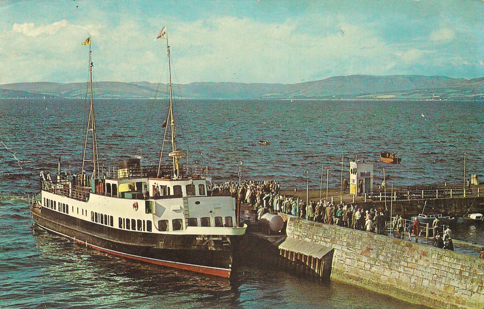 Postcard of Maid of Cumbrae at Largs