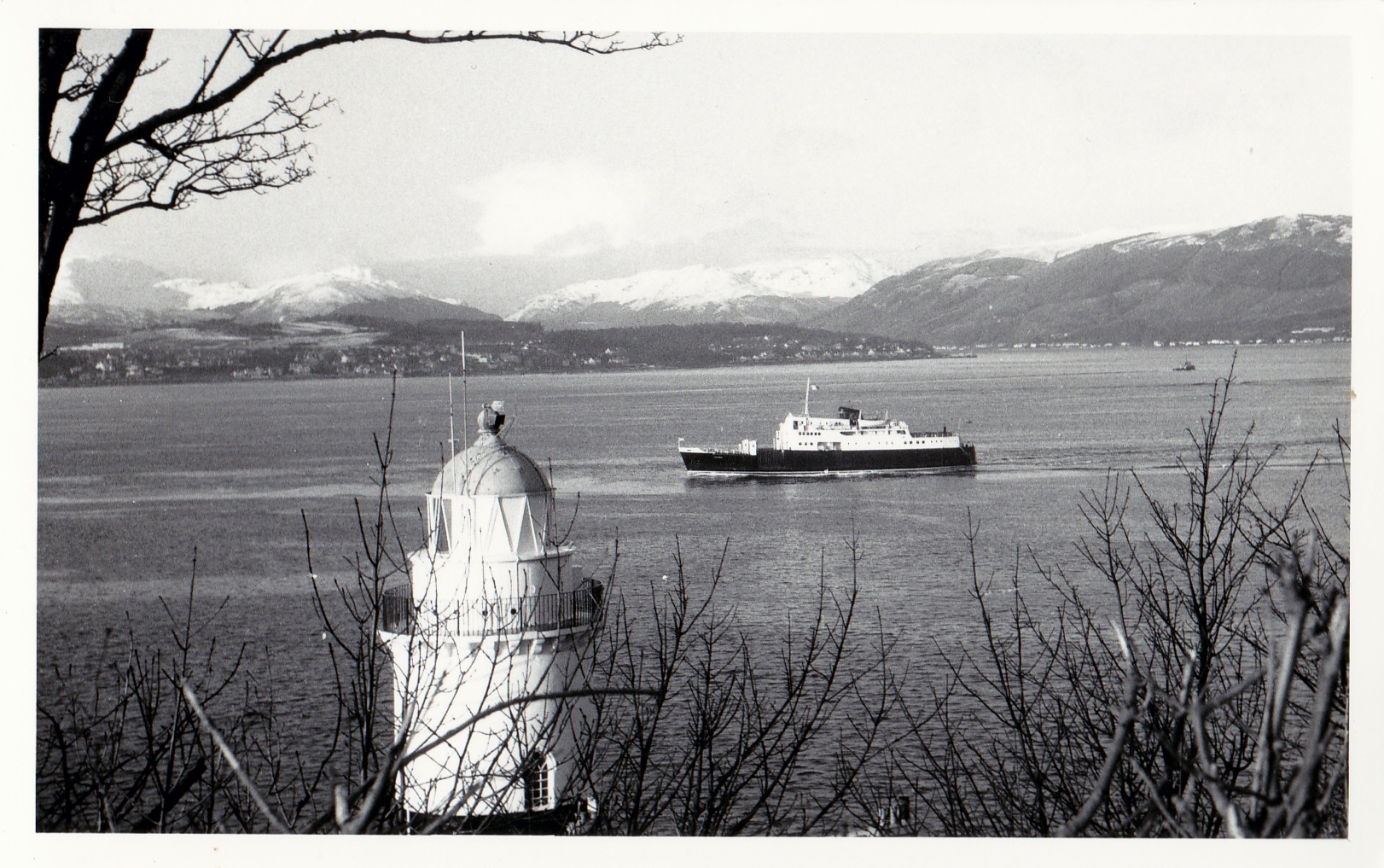 Columba passing the Cloch