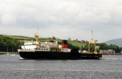 Pioneer arriving in Rothesay Bay