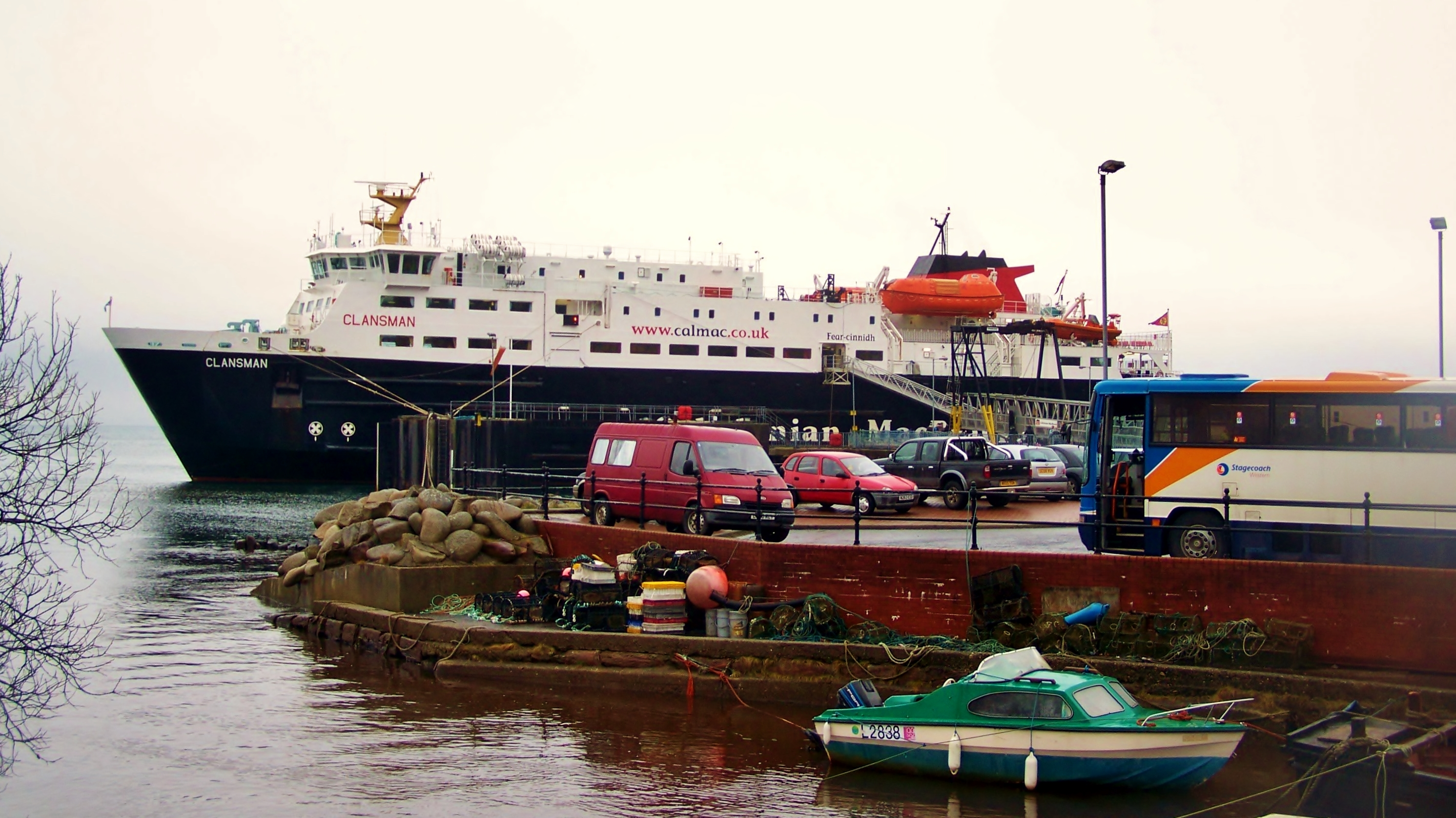 Clansman relieving at Brodick (Ships of CalMac)