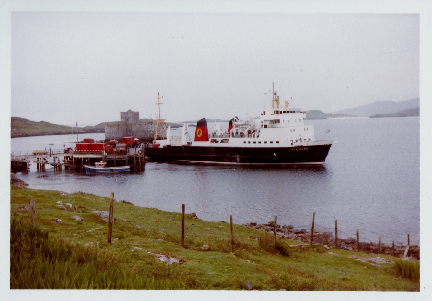 Claymore leaving Castlebay (Jim Aikman Smith)