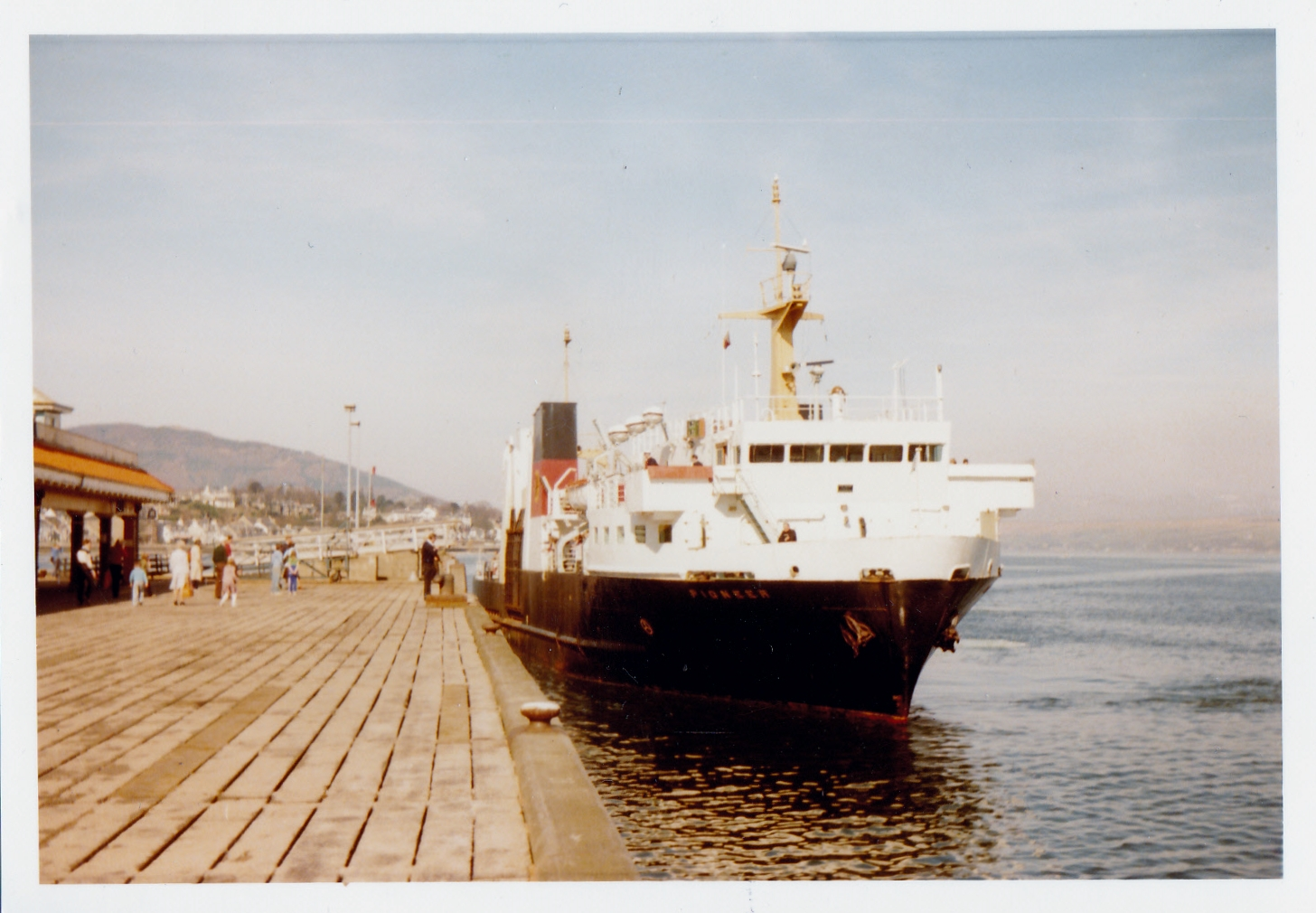 Pioneer at Dunoon (Jim Aikman Smith)