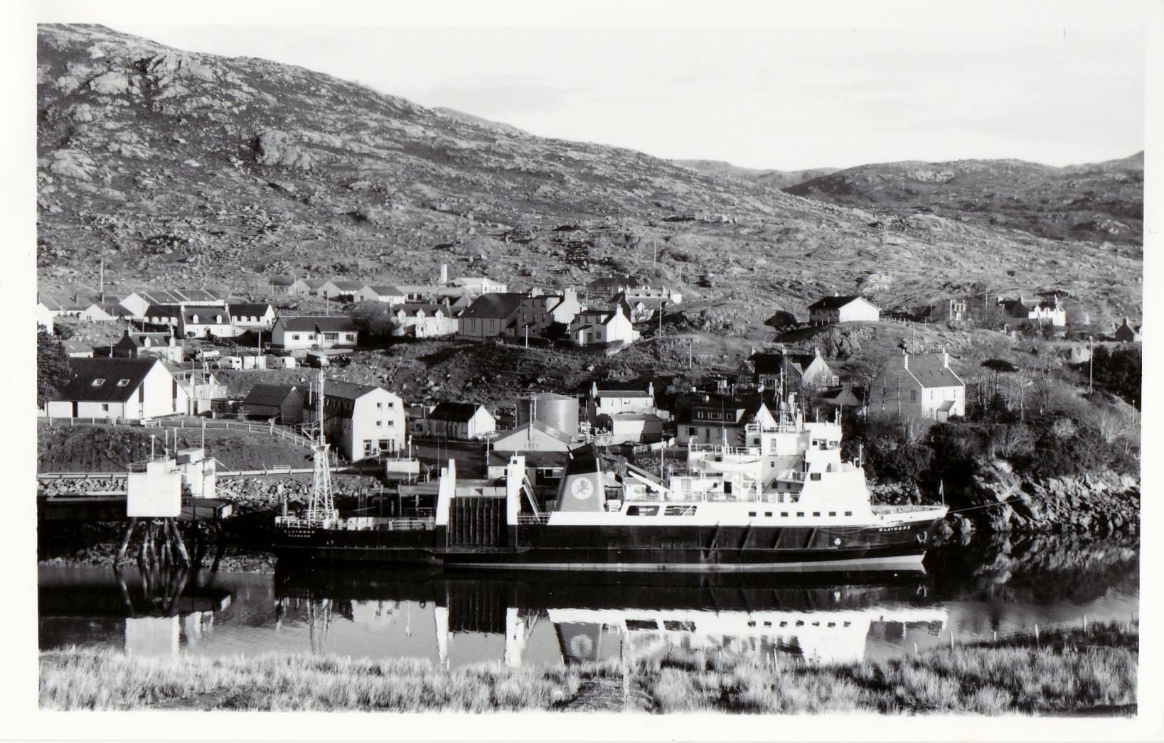 Claymore at Tarbert, Harris (Jim Aikman Smith)