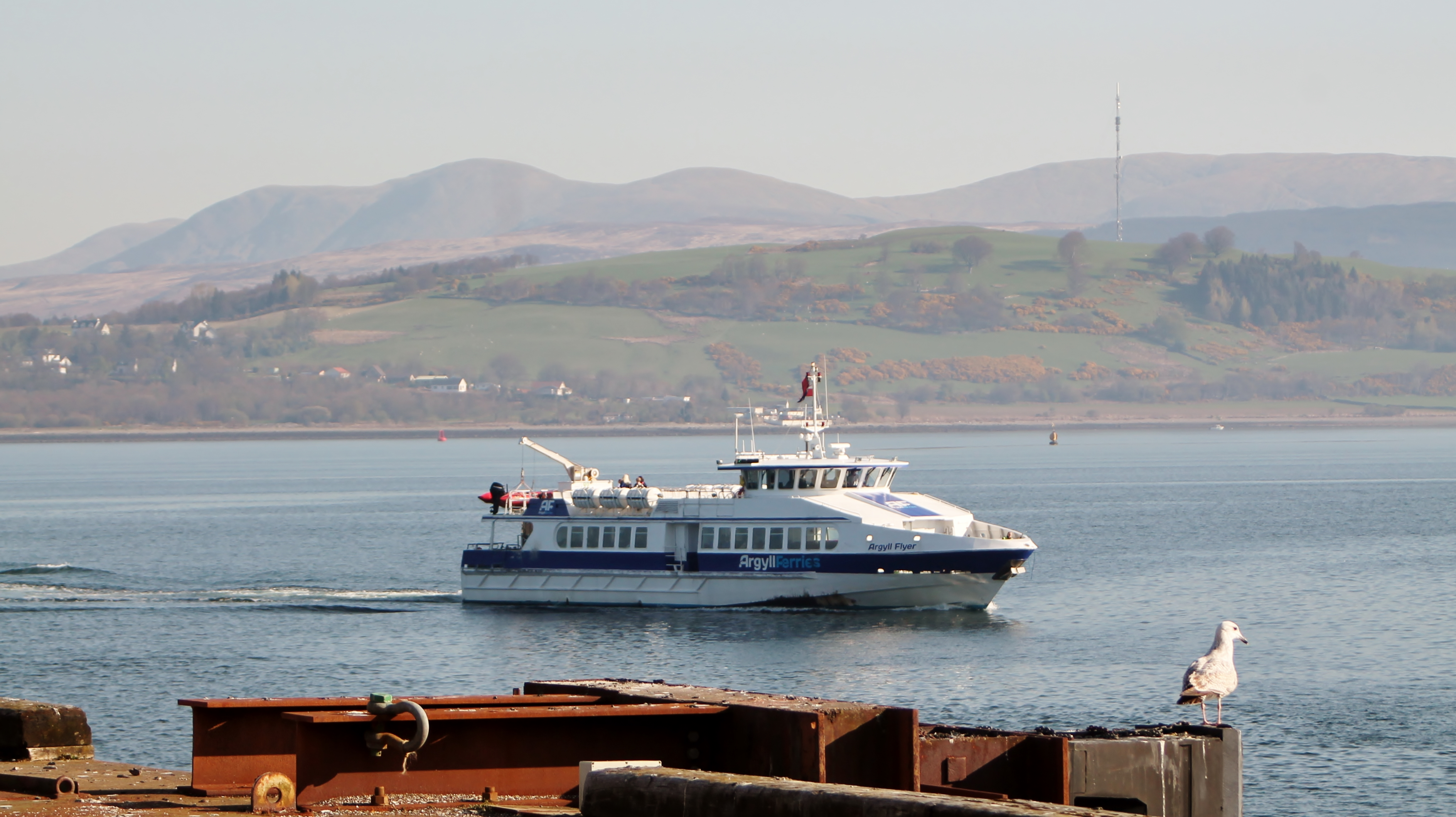 Argyll Flyer approaching Gourock (Ships of CalMac)