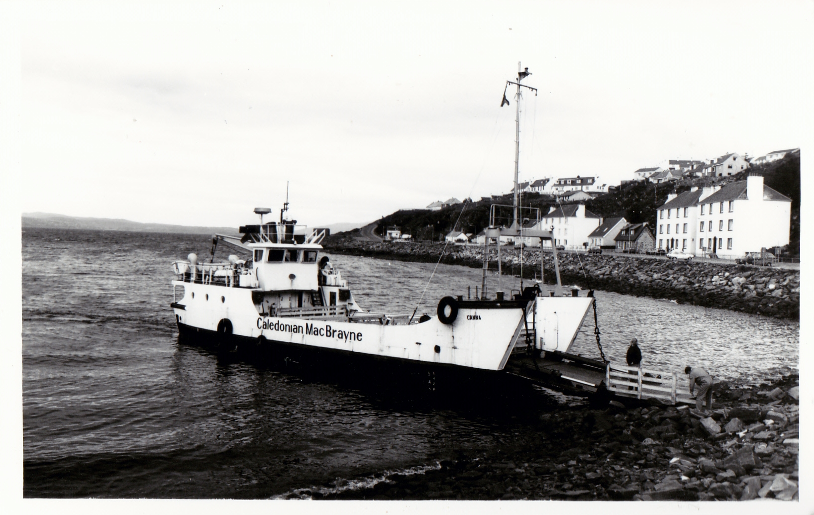 Canna loading from the shore in Mallaig harbour (Jim Aikman Smith)