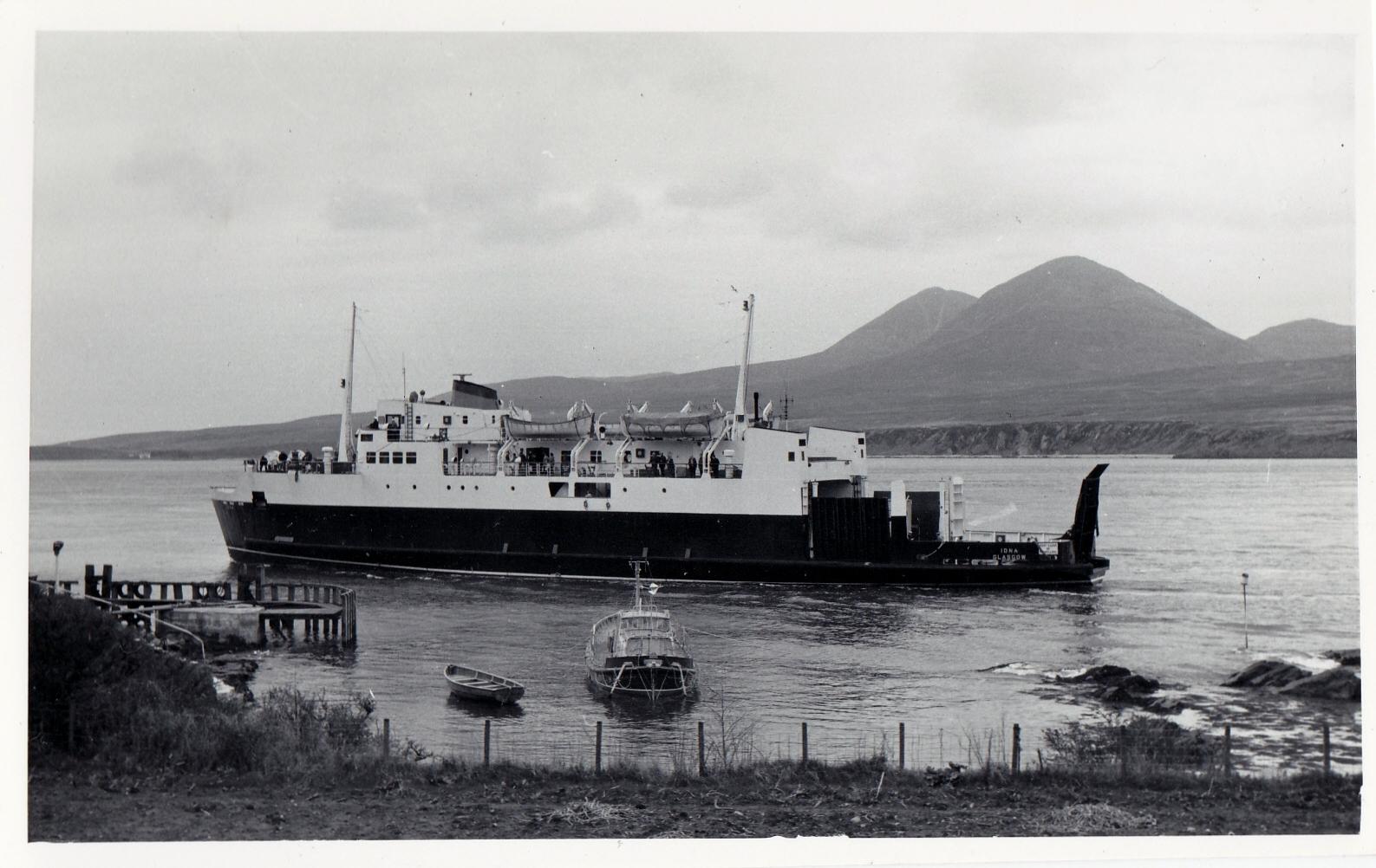 Iona arriving at Port Askaig (Jim Aikman Smith)