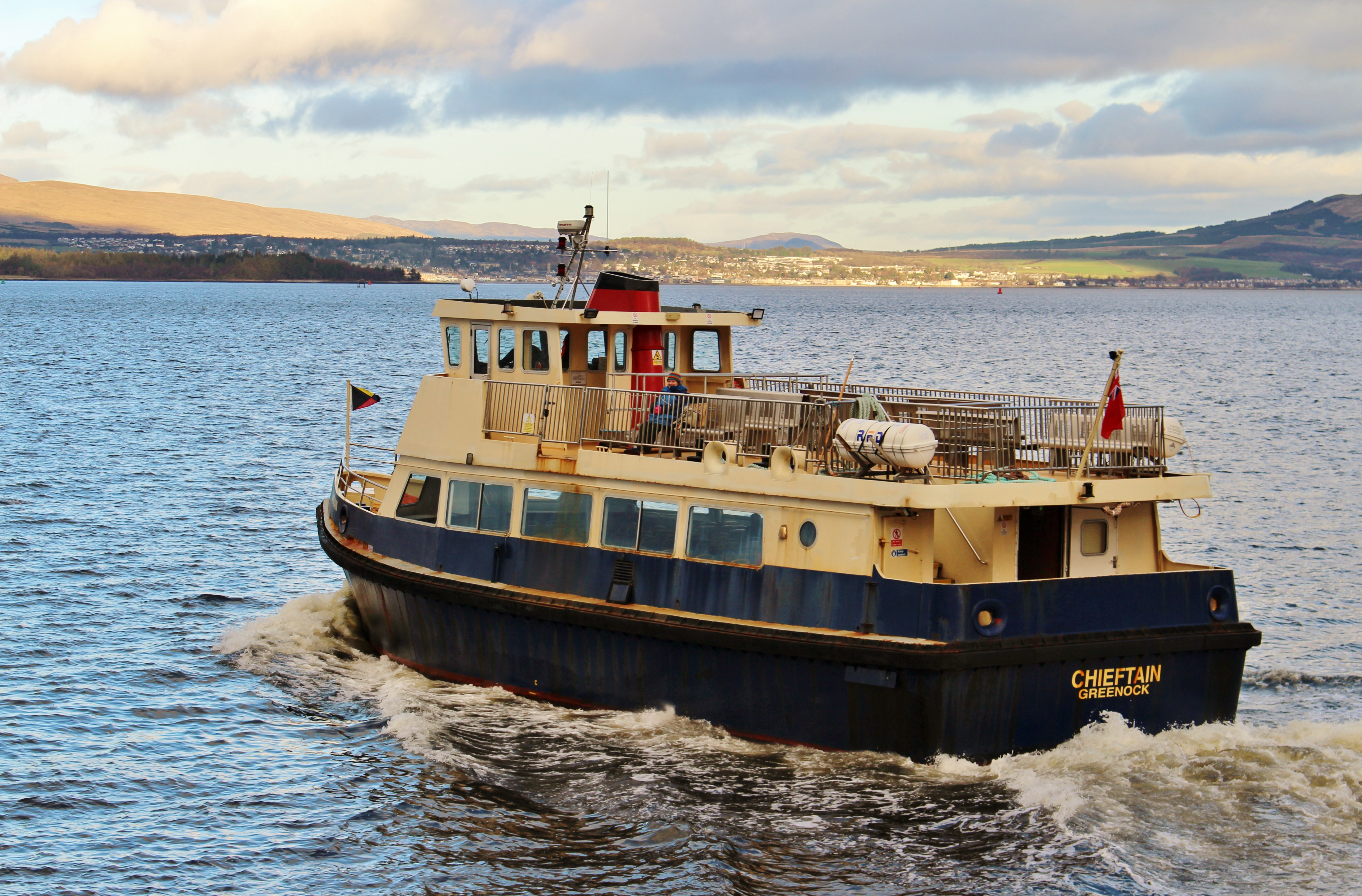 Chieftain leaving Gourock in 2020 (Ships of CalMac)