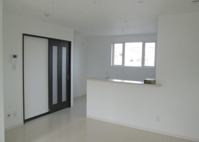 対面式キッチン(リビング側)