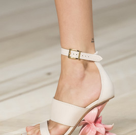 Alexander-McQueen-Shoes-14.jpg