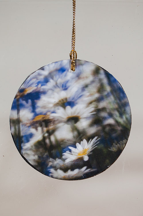 Ornament - Surreal Daisies