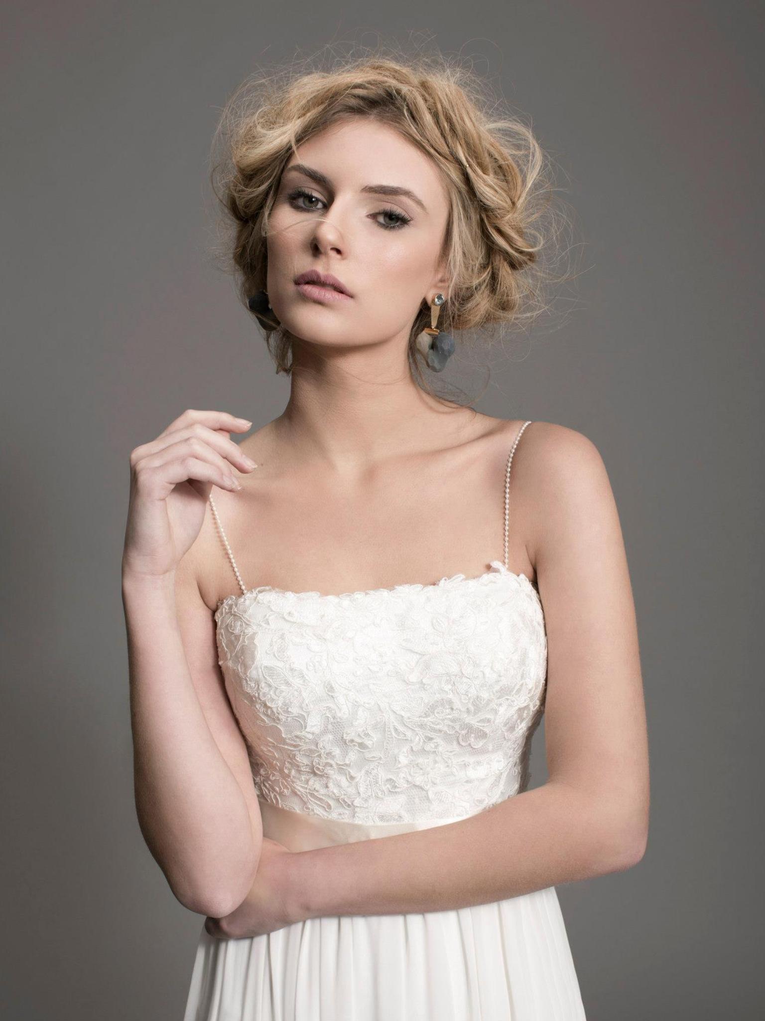 איפור ושיער לקטלוג שמלות כלה