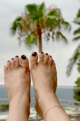 vernis-semi-permanant-peel-off-pieds-pru
