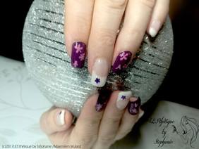 extension-ongles-gel-violet-et-blanc.jpg
