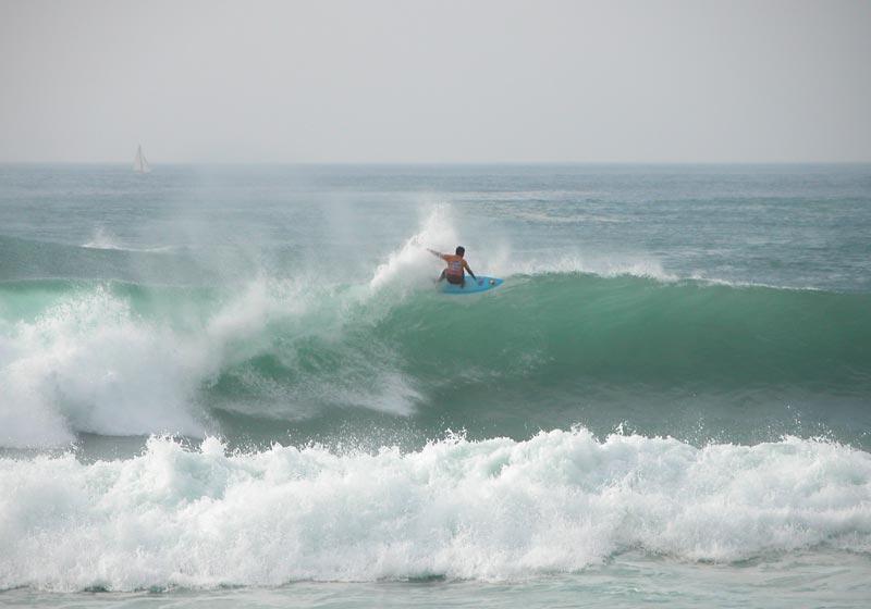 surf à la côte sauvage la palmyre