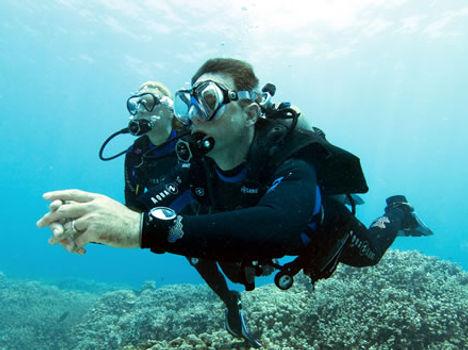 advanced scuba diver