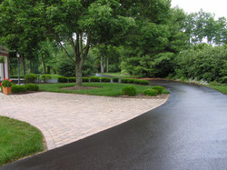 hay_driveway_brick