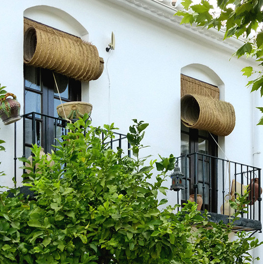 Pueblo_López,_Fuengirola_-_balcones_-_Do
