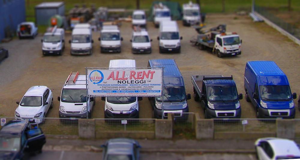 Foto piazzale All-Rent.jpg