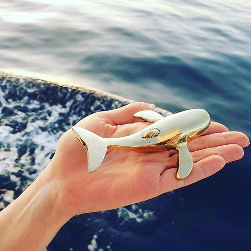 Brass Whale Paperweight | לוויתן דקורטיבי מפליז