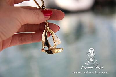 Sail Boat Keychain  - מחזיק מפתחות סירת מפרש