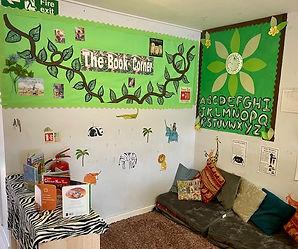toddler room book corner.jpg